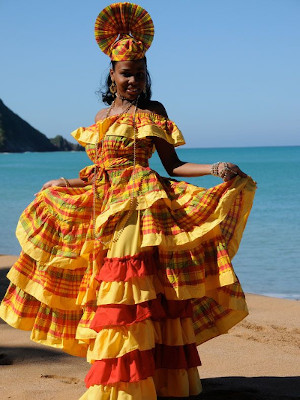 Image - Woman Traditionnal clothing