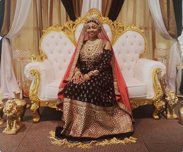 Image - Israelite woman - Royal style